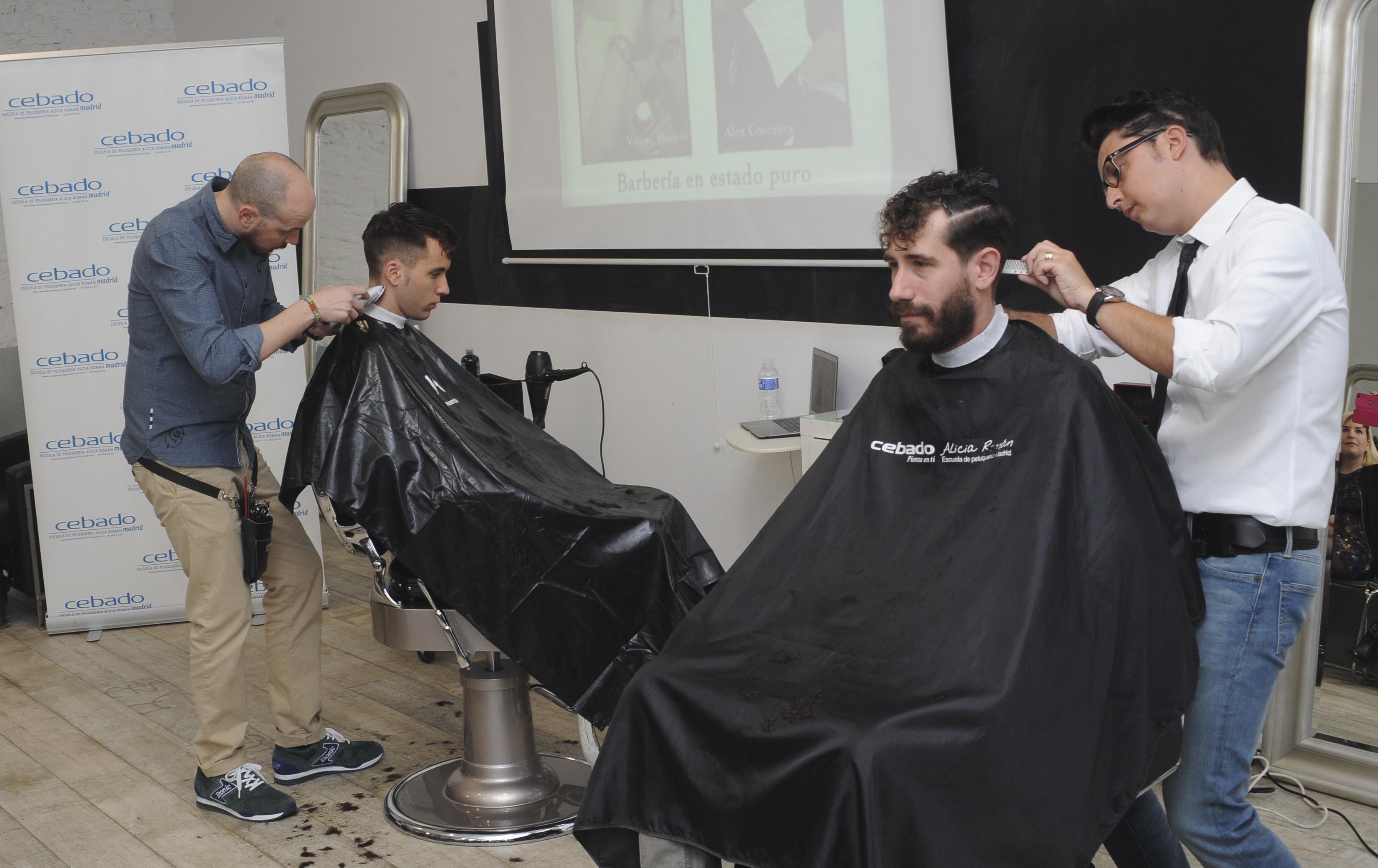 Alex corcuera y Vicenç moretó barbería